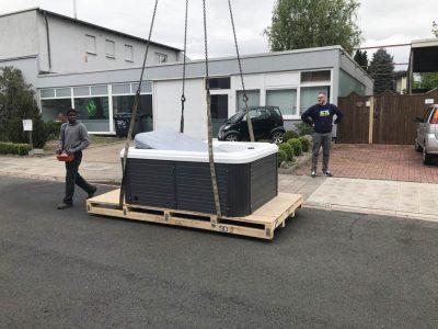 Jaccuzzi-Transport Dachdeckerei Marske
