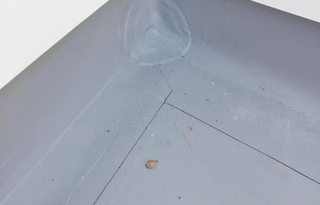 Flachdachabdichtung mit Bitumen und FPO-Dachbahn