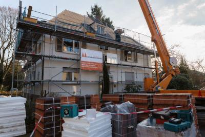 Energieeffiziente Dachsanierung nach den Vorgaben der KFW.