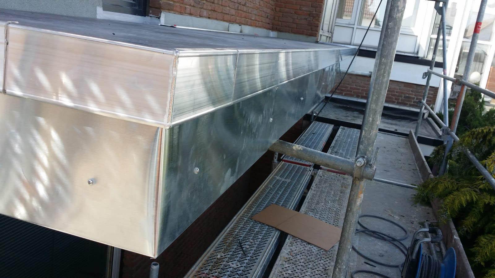 Metalleinfassung eines Balkons